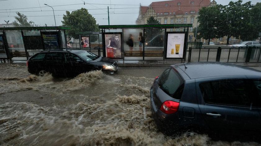 Nagłe burze i powodzie w miastach to coraz częstsze zjawisko