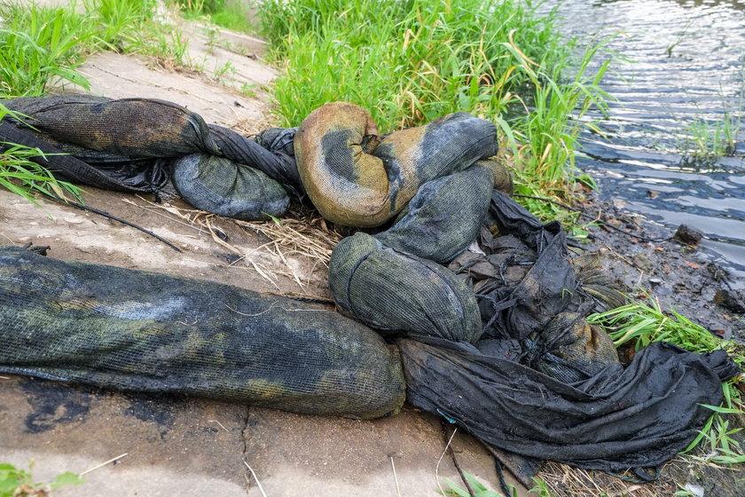 Mieszkańcy wyławiali śmieci z Cybiny