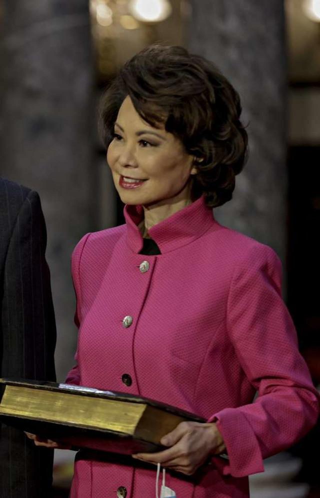 Elejn Čao