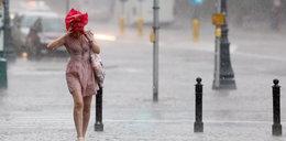 W całym kraju zachmurzenie i opady deszczu. Czy wróci jeszcze słońce?