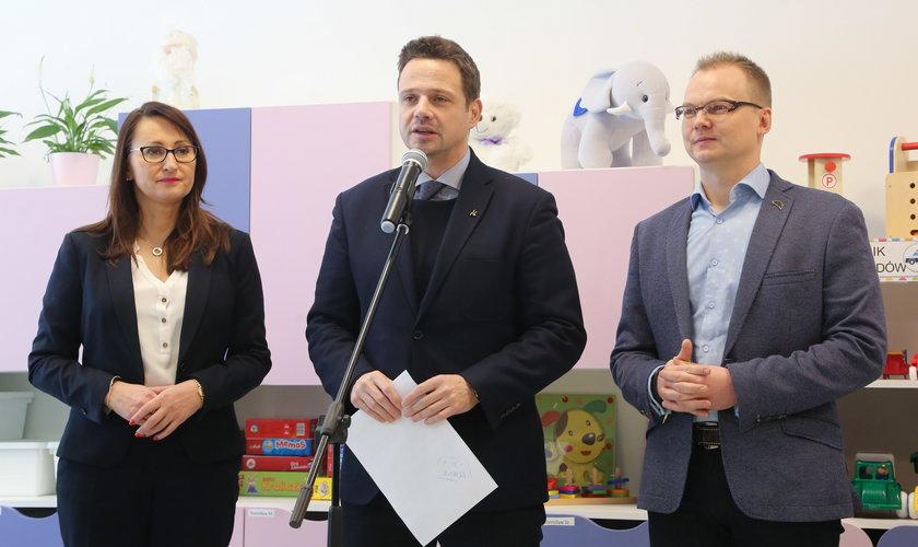 Rafał Trzaskowski radzi, by rząd wprowadził komisarza do Szpitala Narodowego