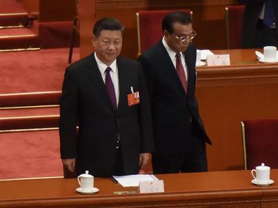 Chiński prezydent Xi Jinping (po lewej) i premier -  Li Keqiang.