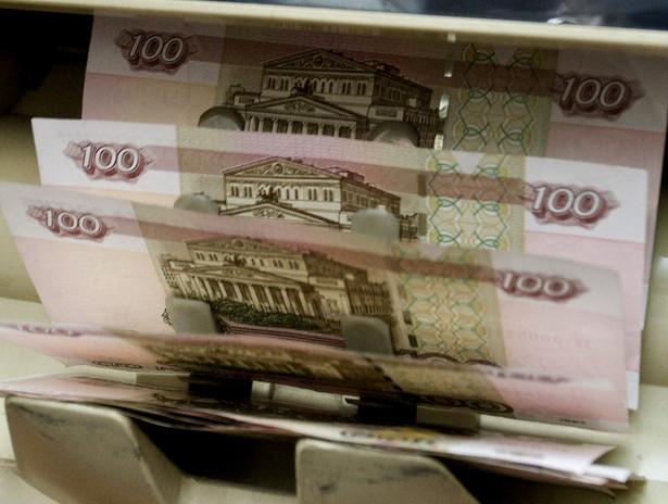 Dziś rano dolar kosztował ponad 55 rubli.