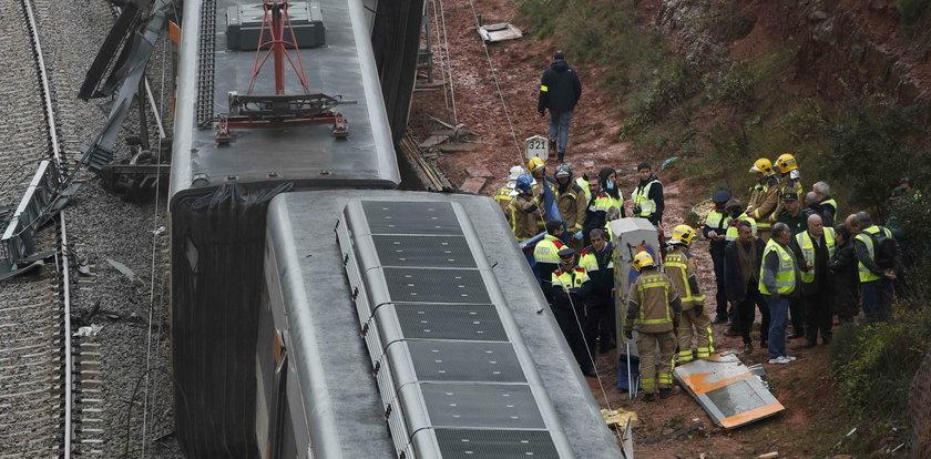 Wykoleił się pociąg pod Barceloną. Jedna osoba nie żyje, wielu rannych