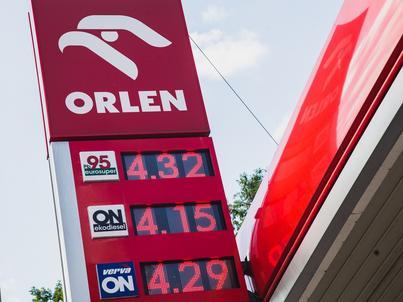 Łącznie Orlen ma ponad 2 tysiące stacji paliw w kilku krajach