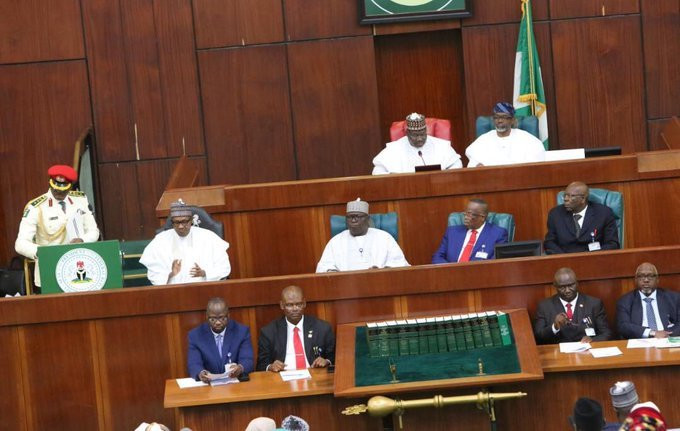 Nigerian lawmakers and President Muhammadu Buhari during 2020 Budget presentation (Twitter/President of the Senate)