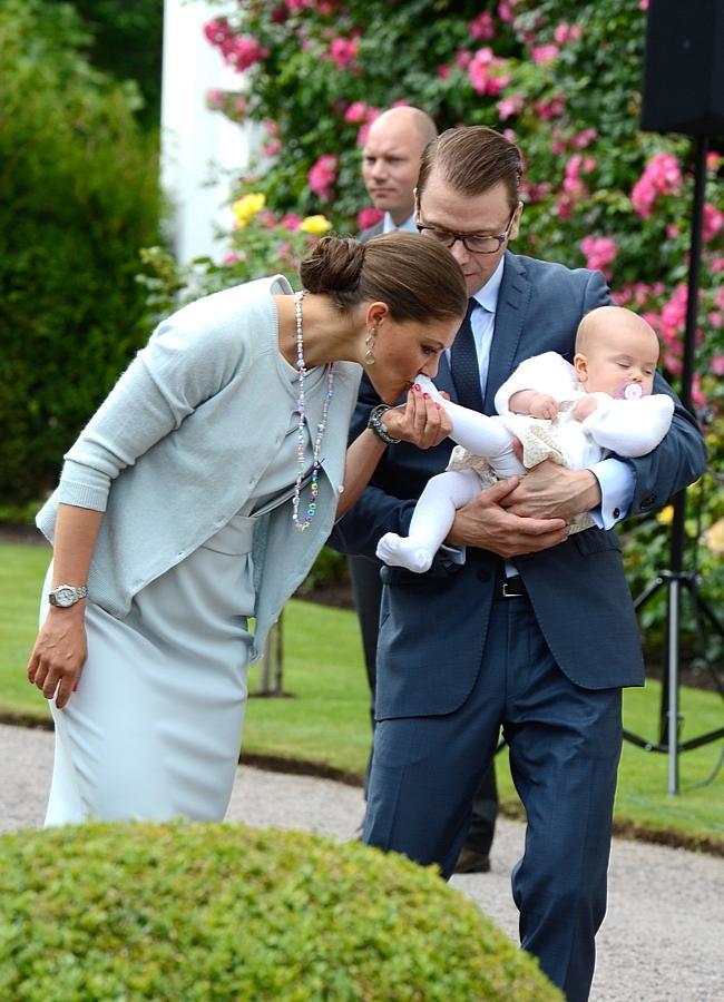 Stella Sylwia Ewa Maria, księżniczka Wiktoria, książę Daniel  / fot. Agencja BE&W