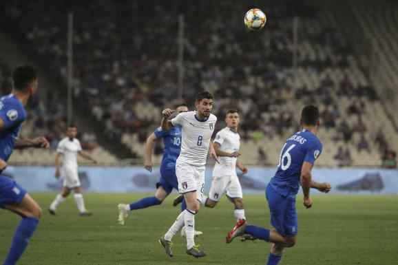 Žoržinjo u dresu italijanske reprezentacije tokom duela sa Grčkom