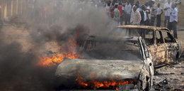 Wybuch bomby w strefie kibica. Zginęło 14 osób!