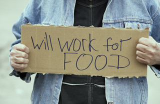 Bieda nie polega na tym, że nie mamy co do garnka włożyć, ale na tym, że nie stać nas na to, na co stać większość