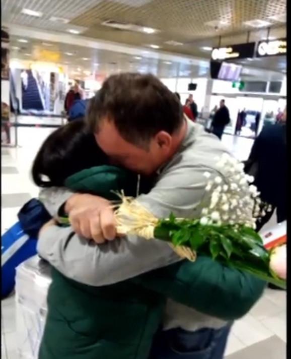 Ajnura je napokon stigla u Srbiju