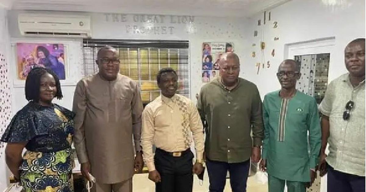 Mahama, NDC leadership pays courtesy call on Prophet 1