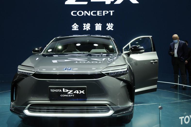 Toyota bZ4X - samochód elektryczny japońskiej marki