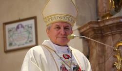 Kościół zgubił biskupa Janiaka? Takiej sytuacji w polskim Episkopacie nie było