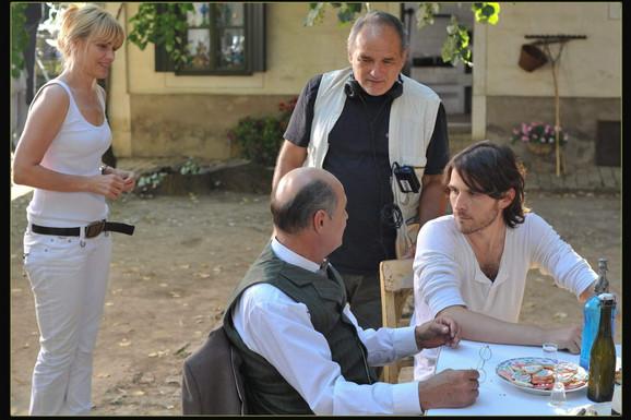 Balašević sa saradnicima na snimanju filma