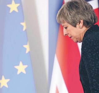 Czy Theresa May przetrwa wiosnę?