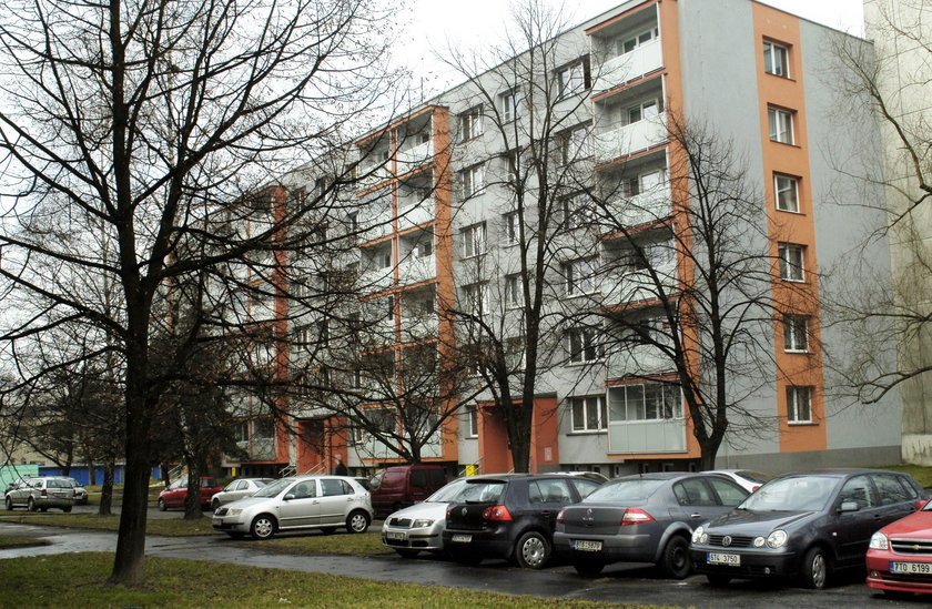 Blok, w którym mieszkała rodzina