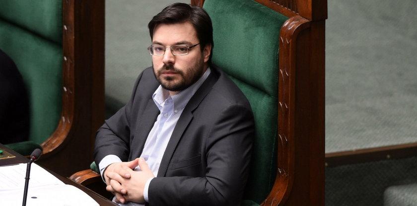 Marszałek Sejmu przeprasza Polaków. Z mównicy!