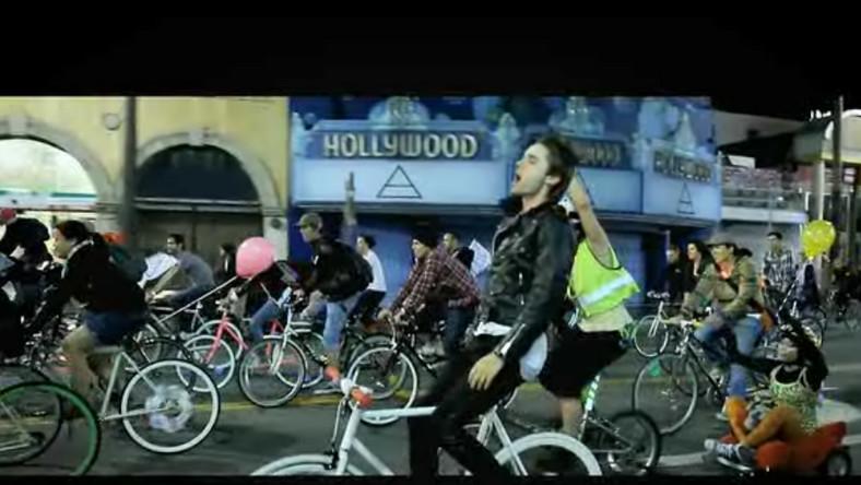"Zespół 30 Seconds To Mars prezentuje nowy klip - ""Kings and Queens"""