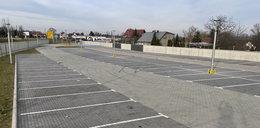 Parking w Ścinawie świeci pustkami, a kosztował miliony!