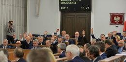 Senat klepnął ustawę inwigilacyjną