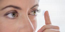 Nosisz soczewki kontaktowe? Jesteś narażony na poważne zakażenie!