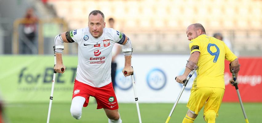 Historia Przemysława Świercza, kapitana reprezentacji w ampfutbolu. Nie miałem nogi, ale cieszyłem się, że żyję