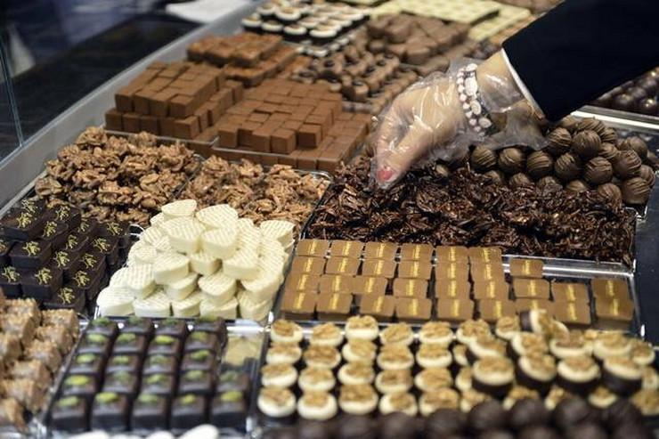 290762_cokolada-svajcarska-ap
