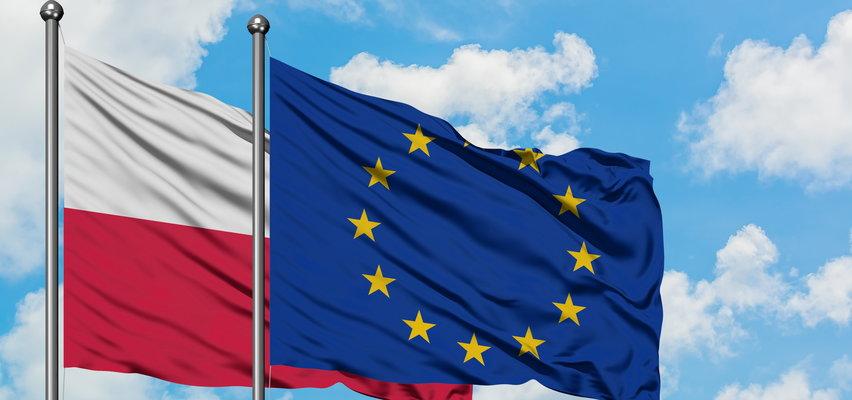 Czy Polacy chcą Polexitu? Wyniki sondażu Ipsos są jednoznaczne!