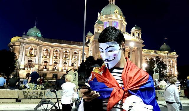 Protesti dan 7 Skupština noć maska