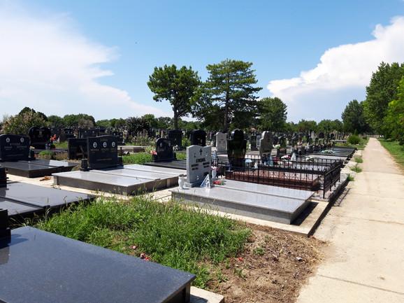 Zjačić je sahranjen na lokalnom groblju