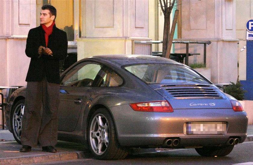 Sprawdź kto ma najdroższy samochód
