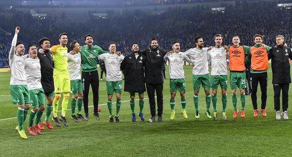 Slavlje fudbalera Verdera posle plasmana u polufinale Kupa Nemačke