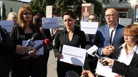 """""""Czarny protest"""" także w Kielcach. """"Kobiety są traktowane jak obywatelki drugiej kategorii"""""""