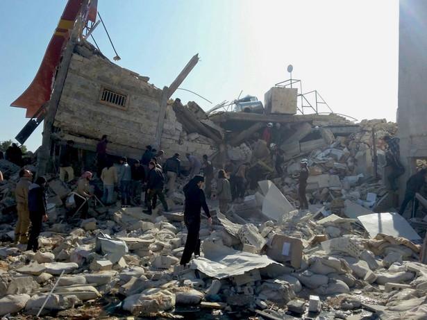21 ofiar nalotów w Syrii. Turcja oskarża o ataki Rosjan