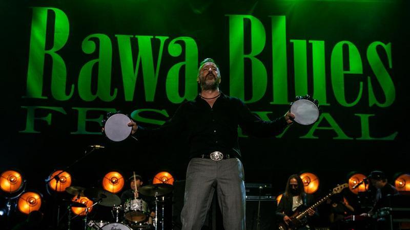 JJ Grey podczas koncertu na Rawa Blues