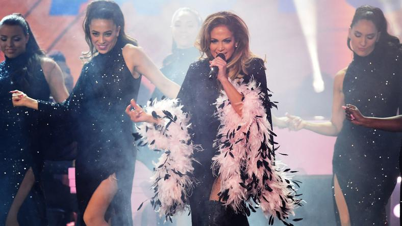 J.Lo Rocked A Low-Cut Bodysuit For Motown Tribute