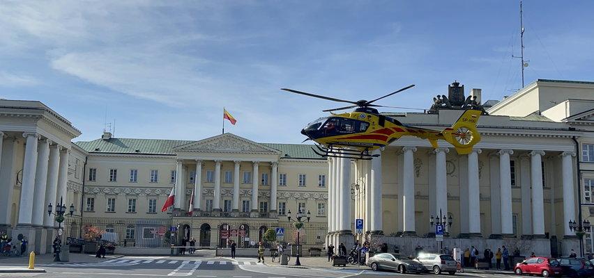 Śmigłowiec LPR lądował na placu Bankowym. Zabrakło karetek naziemnych