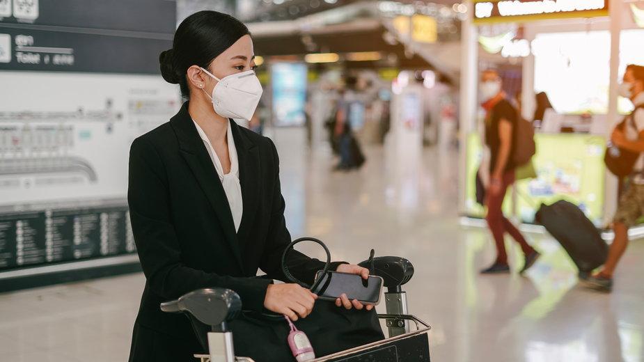 Koronawirus Chiny. Czy Polacy mogą podróżować do Chin? Sprawdź aktualne dane