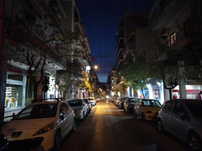 Noć u Atini za vreme karantina