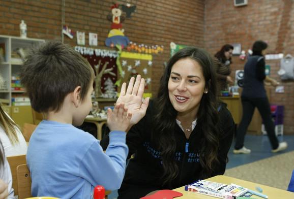 Ana Ivanović se družila sa mališanima