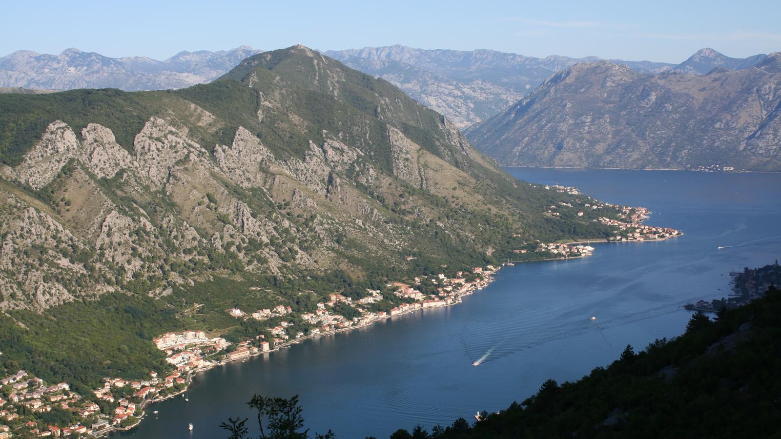 Podróże ze wskazaniem: Czarnogóra. Górski wieniec Lovćenu