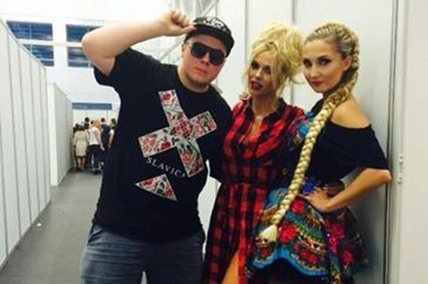 Doda, Donatan i Cleo pozują do zdjęcia