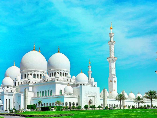 Bili smo u Abu Dabiju: Grad u koji je budućnost već stigla