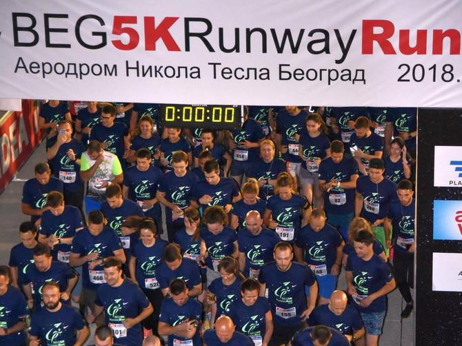 BEG 5K Runway: Evo kako izgleda trčanje u dva ujutru na pisti