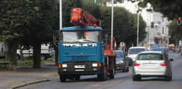Ciężarówki nadal rozjeżdżają Oliwę!