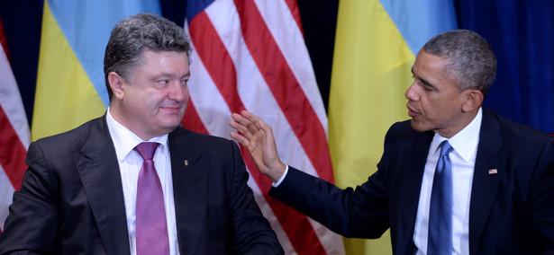 Prezydenci Petro Poroszenko i Barack Obama i PAP/Jacek Turczyk