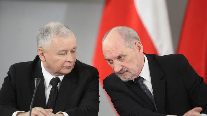 Antoni Macierewicz domaga się ścigania skype'owych zakłócaczy