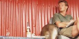 Marcin Meller w Afryce. A co jest na dole zdjęcia?