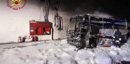 Bohaterski kierowca uratował dzieci z płonącego autobusu